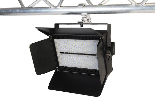 RENO LED Traversenflutlicht 150W Black 18000 Lumen
